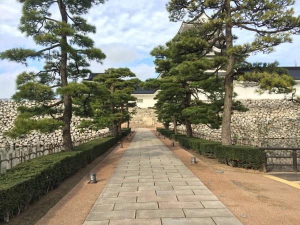 富山城大手門側