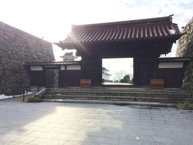 富山城千歳御門