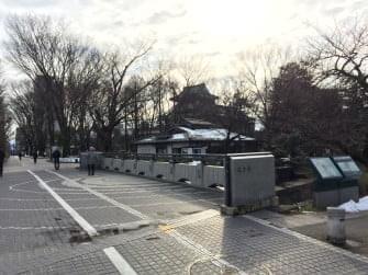 富山城まで徒歩5