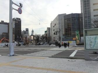 富山城まで徒歩1