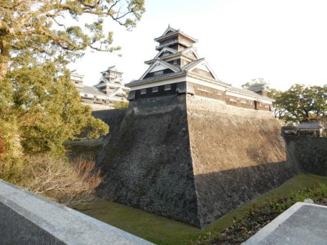 熊本城_08 天守と宇土櫓・加藤神社付近から