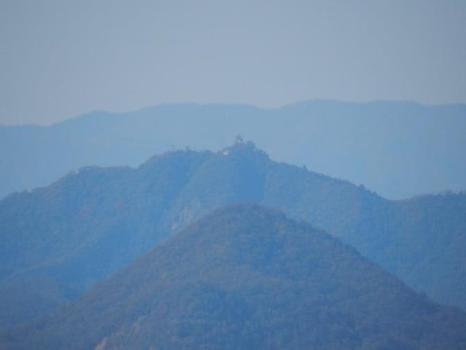 犬山城_06_2 天守最上階から見た岐阜城