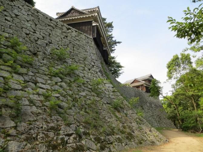 松山城_08_2 本丸北西側石垣と野原櫓・乾櫓