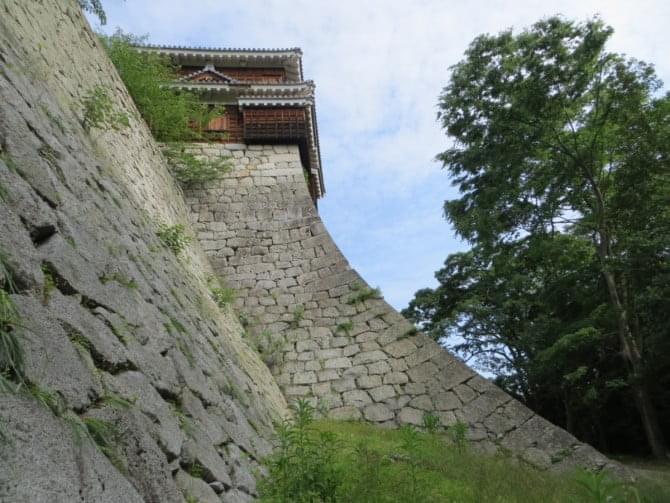 松山城_09_2 巽櫓と石垣