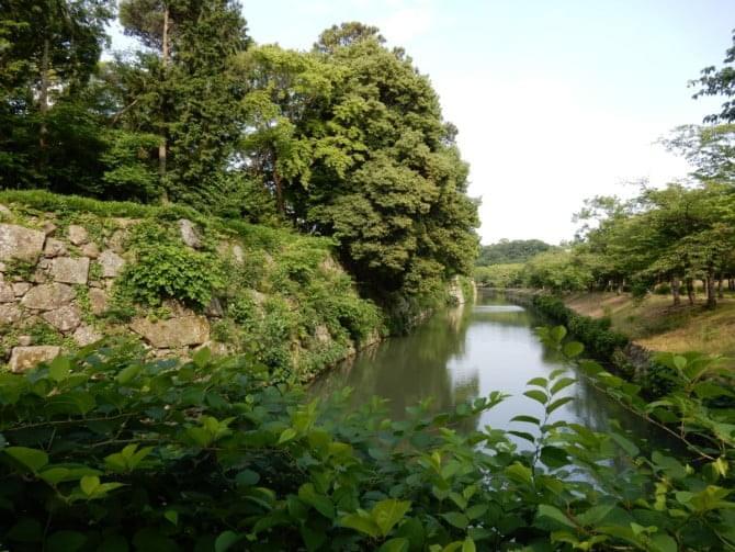 8_1 姫路神社北側石垣
