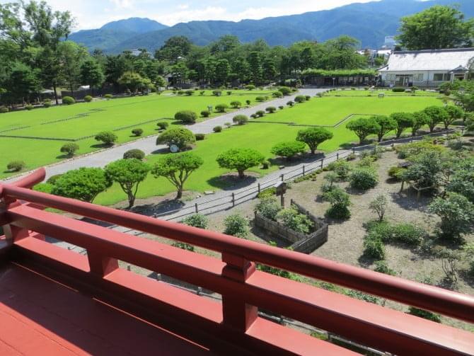 松本城_07_2 月見櫓からの眺め