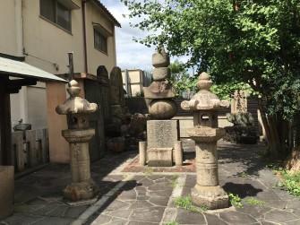 安藤正次の墓